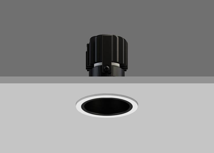 Black Reflector